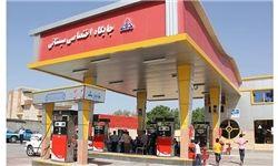 فیلم/ نشت بنزین در جایگاه سوخت بزرگراه همت