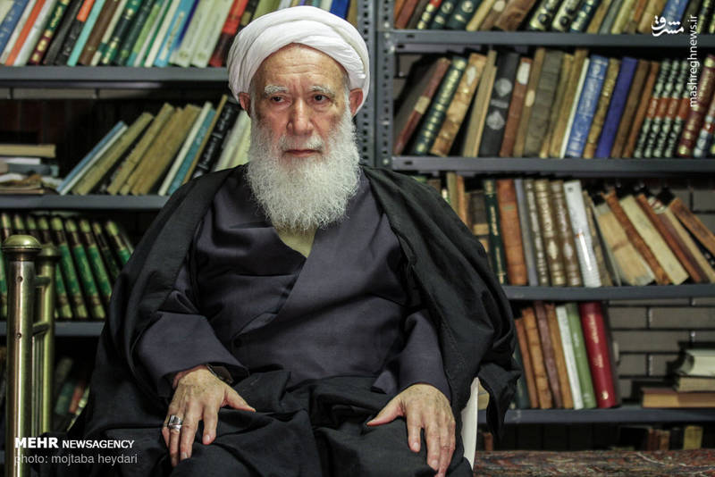 ایشان عالم بزرگوار بعدها به ایران بازگشت و امام جماعت مسجد میرزا موسی (واقع در بازار تهران) شد و به بازاریان درس اخلاق میداد.