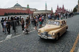 عکس/ رژه عتیقهها در مسکو
