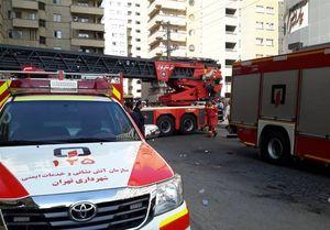 دهها نفر از ساکنان برج شعلهور میدان موج نجات یافتند