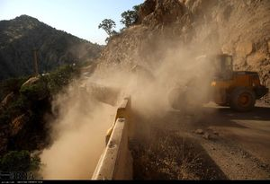 عکس/ ریزش کوه در زلزله دیروز کرمانشاه