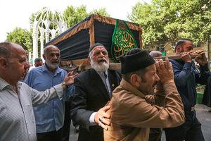 عکس/ وداع مردم دماوند با حاج محمد باقر مشهدی آقایی