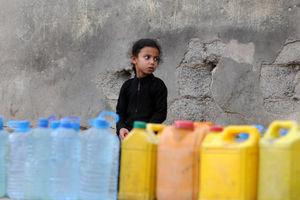 """عکس/ آل سعود به """"آب شرب"""" یمنیها هم رحم نمیکند!"""