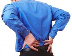 ۷ عادتی که به کمردرد منجر میشود