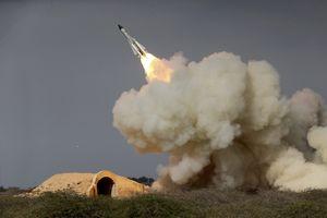 ایران در رزمایش دریایی اخیر خود موشک کوتاهبرد ضد موشک آزمایش کرد,