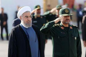 روحانی مزد سپاه را داد/ توصیه بهزاد نبوی برای «ائتلاف اصلاحطلبان با لاریجانی»
