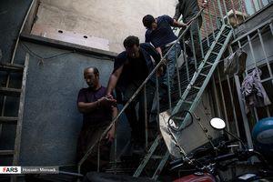 عکس/ دستگیری سارقان مسلح خیابان دولت