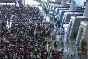 عکس/ لغو 150 پرواز امروز در شانگهای چین