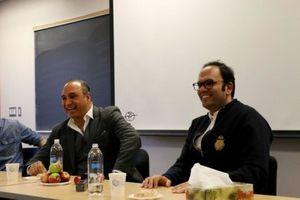 آقای فرخنژاد! تو هیچگاه پیش نرفتی، تو فرو رفتی!