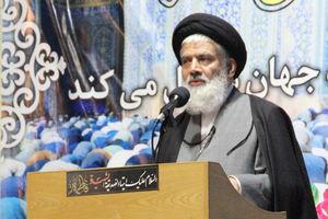 فیلم/توصیه یک امام جمعه به حضور روحانیت در تجمعات