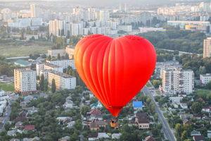 عکس/ دورهمی بالن سواران در آسمان روسیه