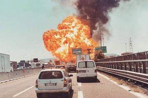 انفجار بزرگ در فرودگاه «بولونیا» در ایتالیا +عکس و فیلم