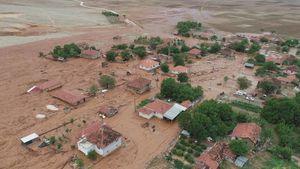 عکس/ خسارات سیل در آنتالیا