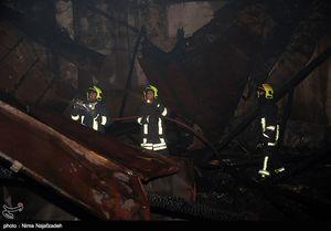 آتش سوزی انبار دوهزارمتری درخیابان ۱۷ شهریور- مشهد