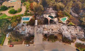 عکس/ ۱۰۷۷ خانه در کالیفرنیا خاکستر شد