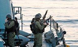 شلیک تیر هشدار صهیونیستها به سمت ناوگروه شکست محاصره غزه