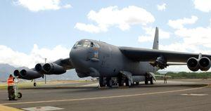 استقرار 3 فروند B-52 در هاوایی
