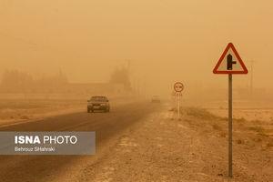 عکس/ طوفان سیستان با سرعت ۱۰۰ کیلومتر بر ساعت
