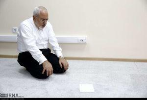 عکس/ نماز وزرای ایرانی در حاشیه اجلاس قزاقستان