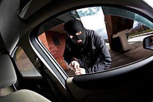 فیلم/ سرقت آسوده ماشین در پمپ بنزین!