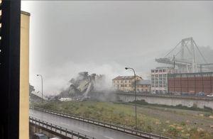 اولین تصاویر از ریزش مرگبار پل در ایتالیا