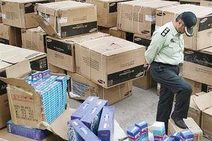 فیلم/کشف یک میلیارد تومان لوازم التحریر قاچاق