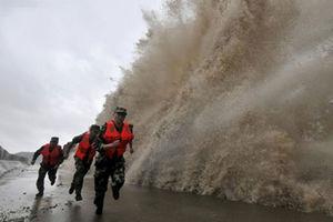 فیلم/ خسارت های طوفان وحشتناک چین!