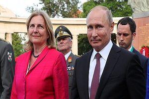 وزیر خارجه اتریش و پوتین