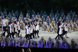 فیلم/ رژه کاروان ایران در مراسم افتتاحیه بازی های آسیایی