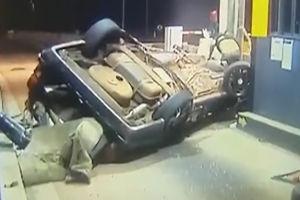 فیلم/ حادثه وحشتناک در نزدیکی عوارضی!