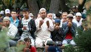 عکس/ اقامه نماز عید قربان در  پایتخت قرقیزستان
