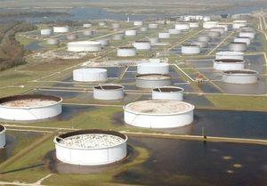 آمریکا از ذخایر استراتژیک خود نفت میفروشد