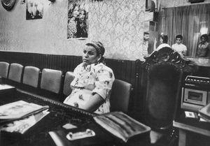 سوء استفاده از زن؛ از کودتای ۲۸ مرداد تا مسیح علینژاد +عکس