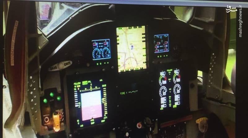 نمایی از نمایشگرهای دیجیتال به کار رفته در کابین جنگنده کوثر