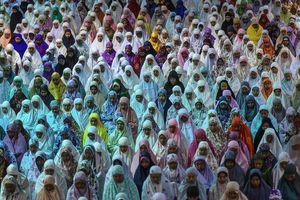 عکس/ اقامه نماز عیدقربان در هند،بنگلادش و اندونزی