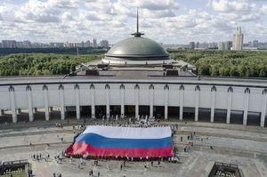 روز ملی پرچم روسیه