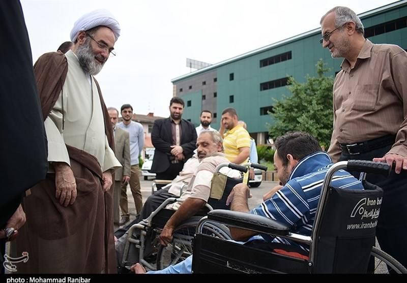 بازدید آیت الله فلاحتی از آسایشگاه معلولین رشت