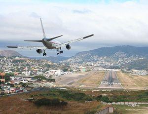 عکس/ فرودگاه هایی با باند پرواز شگفت انگیز!