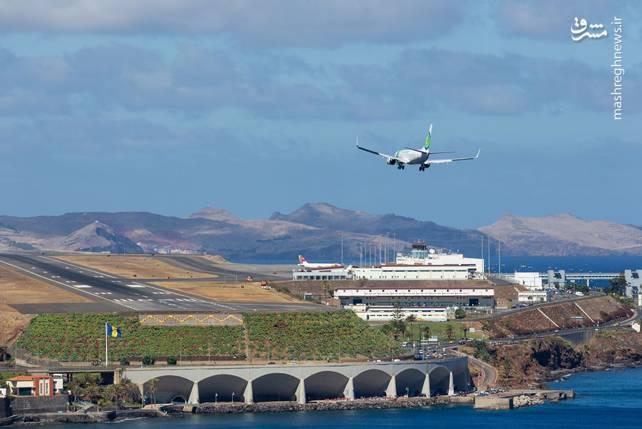 فرودگاه بینالمللی کریستیانو رونالدو یک فرودگاه همگانی باربری با باند فرود آسفالت و طول باند آن 2781 متر است. این فرودگاه در شهر مادیرا کشور پرتغال قرار دارد و در ارتفاع 59 متری از سطح دریا واقع شدهاست.