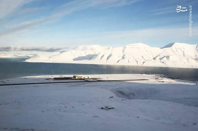 فرودگاه لانگیر سوالبارد یک فرودگاه همگانی مسافربری با باند فرود آسفالت و طول باند آن 2323 متر است. این فرودگاه در شهر سوالبارد کشور نروژ قرار دارد و در ارتفاع 27 متری از سطح دریا واقع شده است.