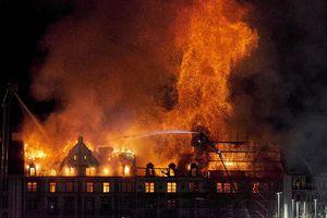 عکس/ آتش سوزی مهیب در سوئیس