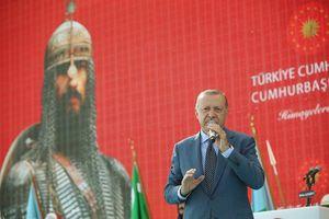 بازدید اردوغان از گورستان سلجوقیان