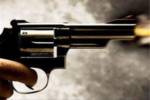فیلم/ لحظه حمله مسلحانه یک مرد در آمریکا