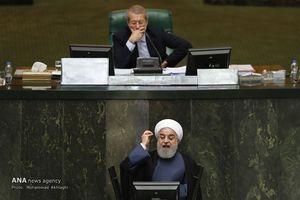 اشکها و لبخندهای جلسه سؤال از روحانی/ حقیقتی که رئیسجمهور، ۵ سال دیر بیان کرد!