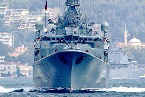 13 کشتی جنگی روسیه در راه آبهای سوریه +عکس