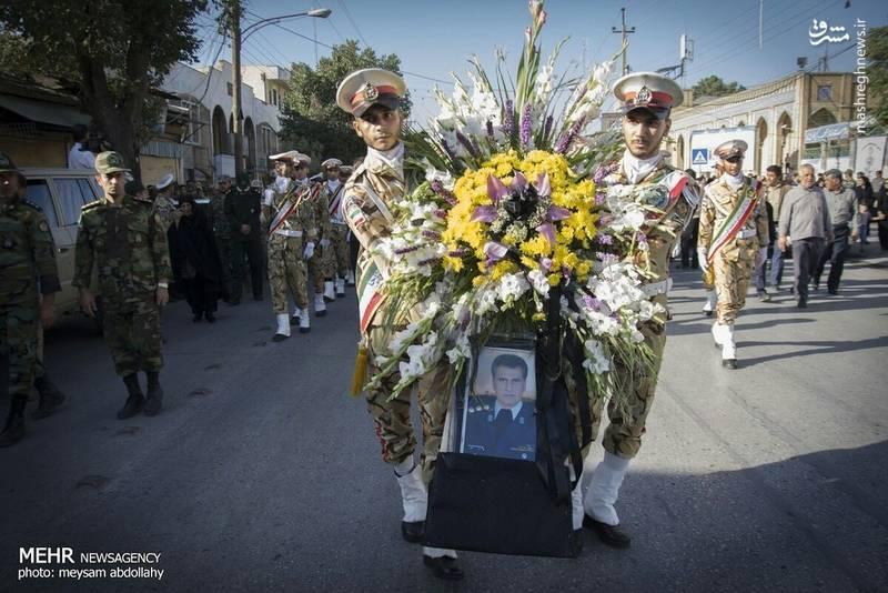 تشییع پیکر خلبان «فتاحی» در کرمانشاه