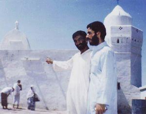 عکس/ دو سردار سرافراز در مدینه