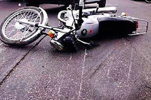فیلم/ لحظه تصادف و پرتاب وحشتناک موتورسوار!