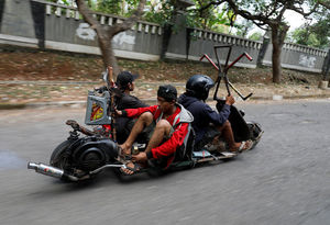 مسابقه موتورهای دست ساز در اندونزی