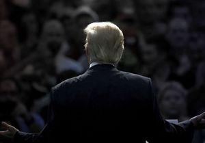 ۲۵ نظرسنجی درباره میزان نارضایتی آمریکاییها از ترامپ+نمودار